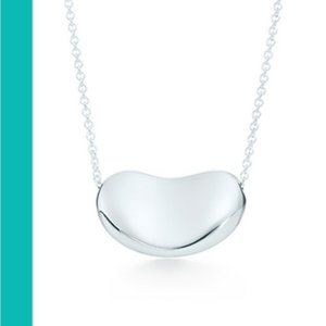 Tiffany & Co | 18 mm Elsa Perreti Bean Pendant